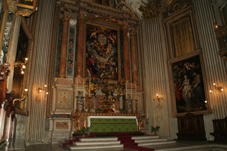 ciesa-nuova-main-altar-1.jpg
