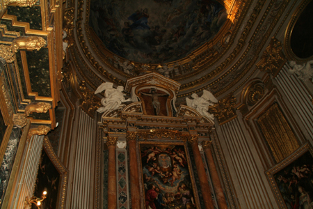 ciesa-nuova-main-altar-2.jpg