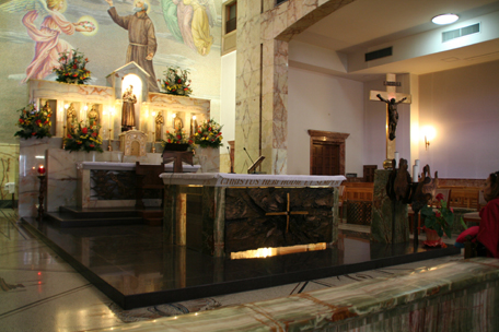 newer-chapel.jpg