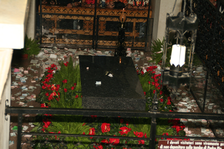 padre-pio-tomb.jpg