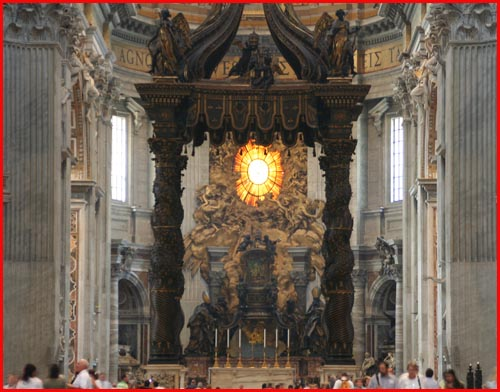 papal-altar.jpg