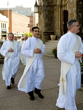 2008 Presbyteral Ordination, May 21 at the Cathedral of the Holy Cross. Pilot photo/ Gregory L. Tracy