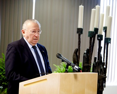 Cardinal Walter Kasper attends the rededication of the Yom HaShoah Menorah at the Boston Archdioceses pastoral center March 25, 2009.&lt;br /&gt; Pilot photo/ Gregory L. Tracy&lt;br /&gt; 