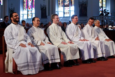Presbyteral Ordination May 23, 2009. Pilot photo Gregory L. Tracy