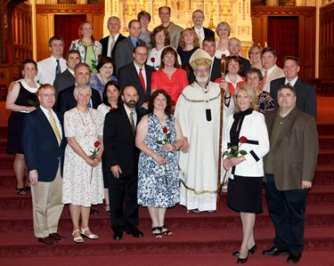 Couples celebrating their 25th and 50th wedding anniversaries participate in a special Mass with Cardinal Sean P. O'Malley at the Cathedral of the Holy Cross June 7, 2009. Photo by Gregory L. Tracy, The Pilot