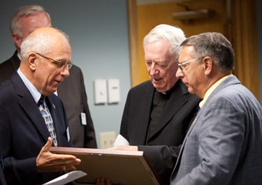 Cardinal Seán P. O'Malley receives the Seven Seals Award from the Massachusetts Employer Support of the Guard and Reserve (ESGR). The Seven Seals Award is the highest state award given from the ESGR and is given in recognition of significant and enduring support of the Guard and Reserve.