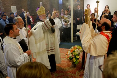 Cardinal Sean P. O&#39;Malley presides at a service with the the First Neoctechumenal Community of Boston Saturday Dec. 19, 2009.
