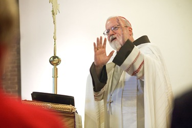 Cardinal Sean P. O'Malley presides at a service with the the First Neoctechumenal Community of Boston Saturday Dec. 19, 2009.