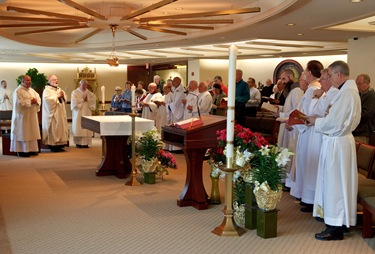 Cardinal Sean P. O'Malley celebrates Mass and meets with superiors of men's religious communities in the Archdiocese of Boston April8, 2010.  Pilot photo/ Gregory L. Tracy