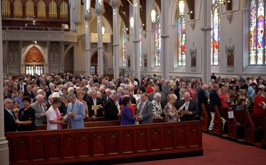 Couples celebrating their 25th, 50th and 60th anniversaries attend the Wedding Anniversary Mass celebrated by Cardinal Sean P. O'Malley June 13, 2010 at the Cathedral of the Holy Cross in Boston. Pilot photo by Gregory L. Tracy