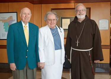 George and Mary Ryan, celebrating thier 65th anniversary meet with Cardinal Sean O'Malley Aug. 11, 2010. Photo by Gregory L. Tracy, The Pilot