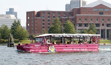 Cardinal Sean O'Malley takes a Boston Duck Boat tour Sept. 2, 2010. Photo by Gregory L. Tracy, The Pilot