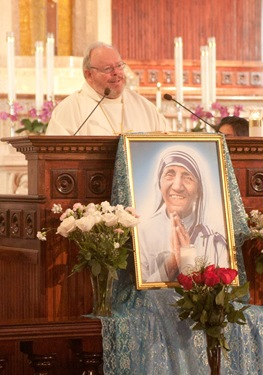 Mass to mark the 10th anniversary of the death of Blessed Mother Teresa of Calcutta, Sept. 4, 2010 at Blessed Mother Teresa Parish in Dorchester. Pilot photo by Jim Lockwood