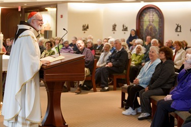 Cardinal Sen P. OMalley celebrates Mass for the feast of All Souls in the chapel of the Archdiocese of Bostons Pastoral Center in Braintree Nov. 2, 2010. Photo by Gregory L. Tracy, The Pilot