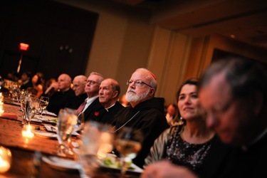 Jesuit Gala_CardinalMonanheadtable0571