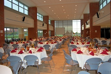 StJm_06_banquet_tables