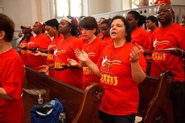 Members of the new ecclesial movement and realities celebrate the Pentecost Vigil with Cardinal Sean P. OMalley at the Cathedral of Holy Cross May 26, 2012. Pilot photo/ Gregory L. Tracy