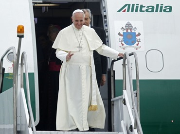 POPE-ARRIVE