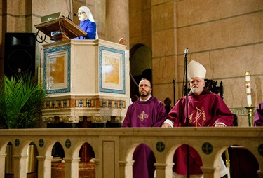 Cardinal O'Malley celebrates Mass at Sacred Heart Shrine in Washington, D.C. before the 43rd annual March for Life Jan. 22, 2016. Pilot photo/ Gregory L. Tracy