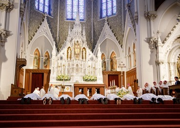 Cardinal Sean O'Malley ordains nine men to the priesthood at Boston's Cathedral of the Holy Cross May 21, 2016. The new priests ordained are: Fathers Christopher Bae, Matthew Conley, Patrick Fiorillo, Thomas Gignac, Stephen LeBlanc, Dominic Ngo, Thomas Olson, Kevin Staley-Joyce and Thomas Sullivan. Pilot photo/ Gregory L. Tracy