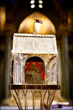 The reliquary containing the heart of St. Padre Pio stands in Immaculate Conception Church in Lowell, Mass. Sept 21, 2016. The relic is on a three-day tour of the Archdiocese of Boston, which will culminate with a Mass celebrated by Cardinal Seán P. O'Malley on the saint's feast day, Sept. 23. Pilot photo/ Gregory L. Tracy