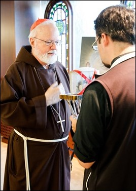 The relic of Padre Pio visits the Archdiocese of Boston Pastoral Center Sept. 22, 2016. Pilot photo/ Gregory L. Tracy