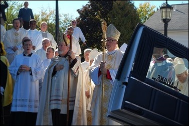 bishop-kenneth-a-angell---mass-of-christian-burial-oct-11-2016_29969060090_o