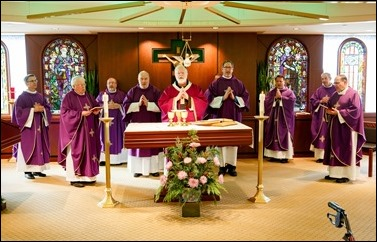 Mass to commemorate the 50th anniversary of priestly ordination of Bishop Arthur Kennedy, celebrated by Cardinal Seán P. O'Malley at the Archdiocese of Boston's Pastoral Center, Dec. 19, 2016. Pilot photo/ Gregory L. Tracy