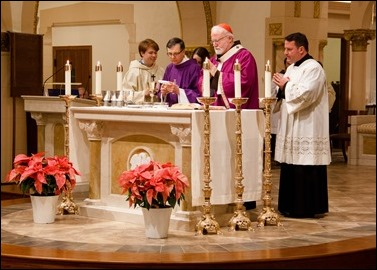 Dedication of a new altar and renovations at St. Mary Church in Danvers, Dec. 18, 2016. Pilot photo/ Mark Labbe