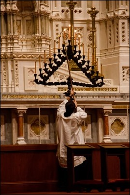 Cardinal Sean O'Malley celebrates the Holy Week liturgy of Tenebrae at the Cathedral of the Holy Cross April 12, 2017. Pilot photo/ Mark Labbe