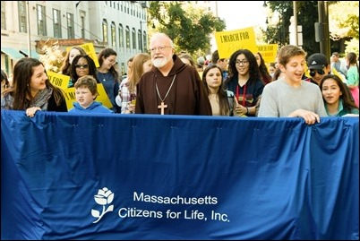 Hundreds of pro-life supporters stopped traffic around the Boston Common as they marched, sang, and prayed during the Massachusetts March for Life on Oct. 1. Pilot photo/ Kelsey Cronin