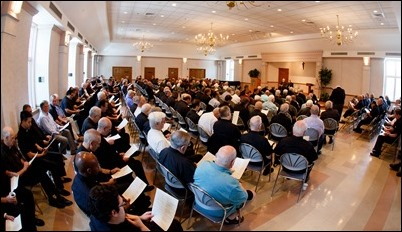 Cardinal Sean P. O'Malley addresses the priests of the Archdiocese of Boston at the parish center of St. Julia Church in Weston August 28, 2018. Pilot photo/ Gregory L. Tracy
