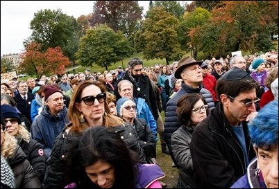 An Oct. 28, 2018 vigil on Boston Common held in reaction to the mass shooting at Tree of Life Synagogue in the Squirrel Hill neighborhood of Pittsburgh the day before. Pilot photo/ Jacqueline Tetrault