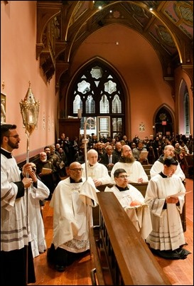 Cardinal Sean P. O'Malley celebrates the Mass of the Lord's Supper at the Cathedral of the Holy Cross Holy Thursday, April 18, 2019. Pilot photo/ Jacqueline Tetrault
